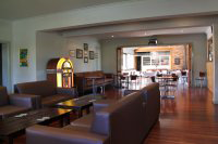 Commercial Hotel - Australia Accommodation