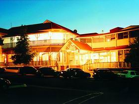 Loxton Community Hotel Motel - Australia Accommodation