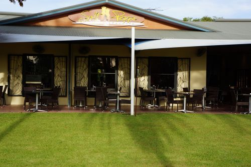Saltnpeppa Cafe Ristorante - Australia Accommodation