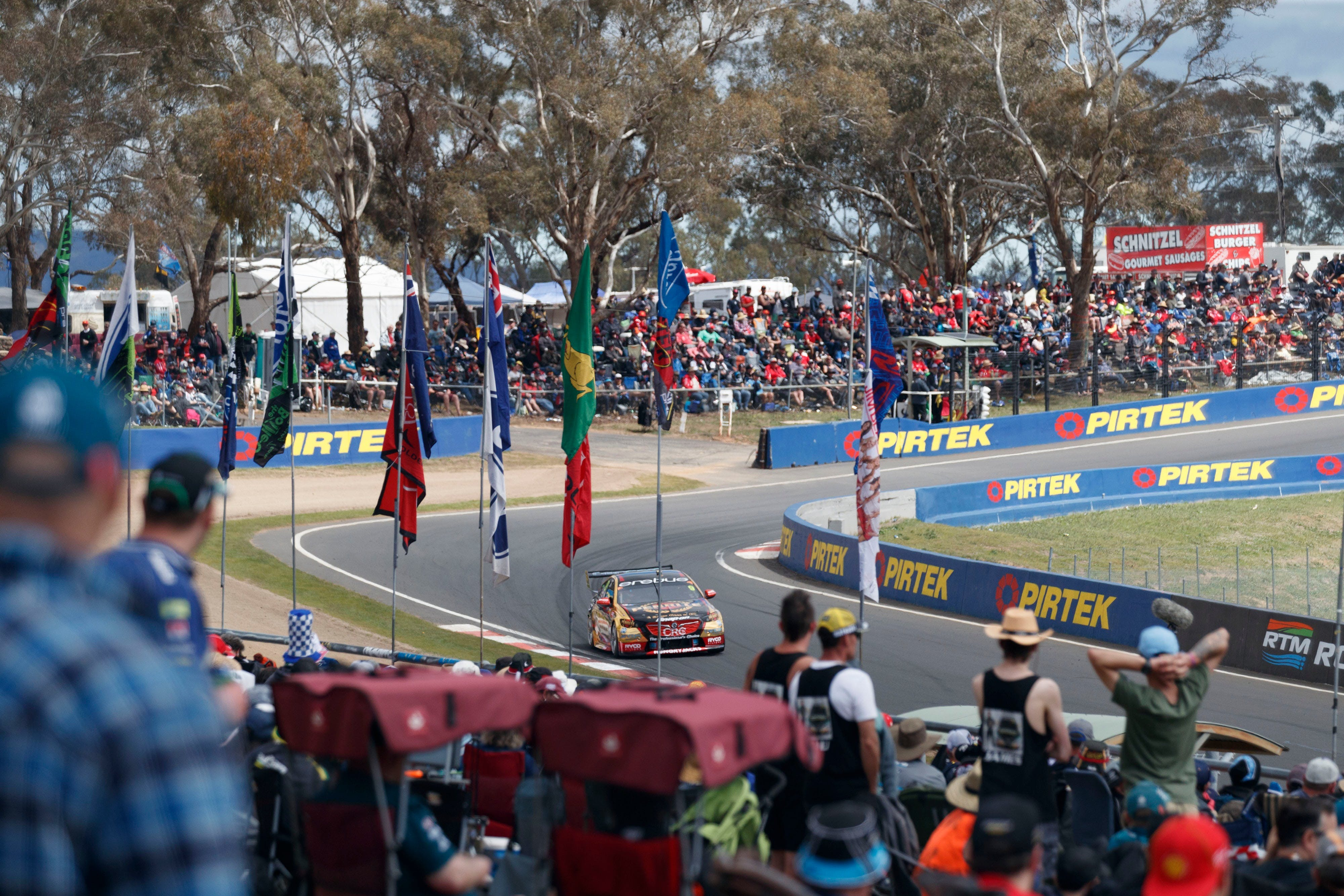 Supercars Supercheap Auto Bathurst 1000 - Australia Accommodation