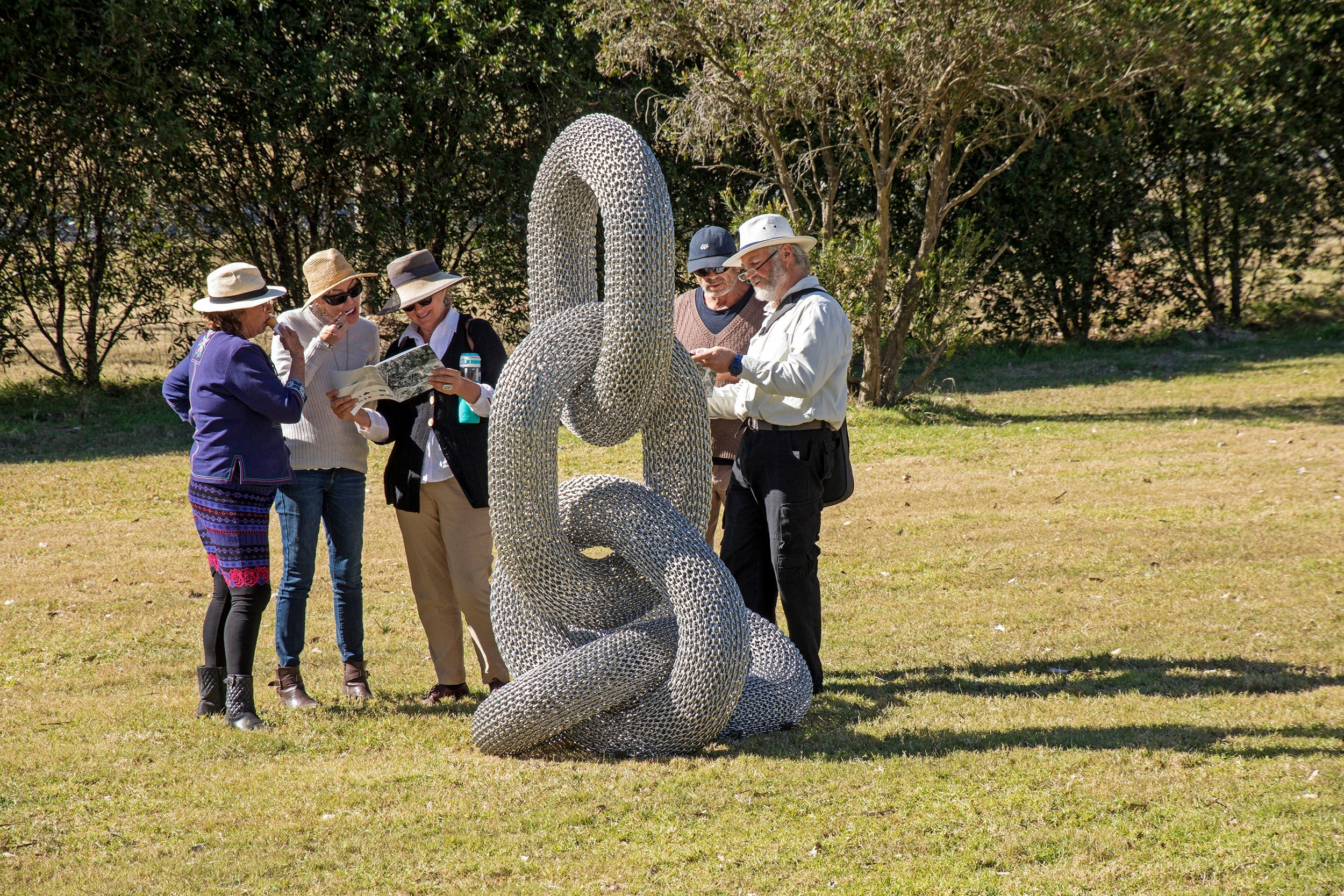 Sculpture for Clyde - Outdoor Exhibition - Australia Accommodation