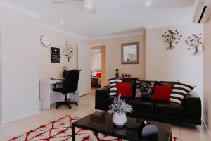 Central Wagga Self Catering Apartment - Australia Accommodation