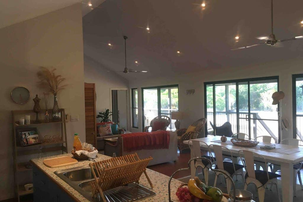 Valley Views Lodge Port Douglas - Australia Accommodation