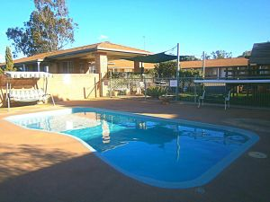 Aaron Inn Motel - Australia Accommodation